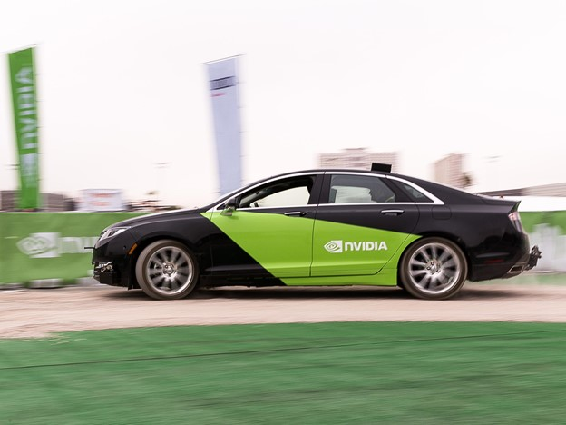 An image of an autonomous test vehicle completing laps without a driver.